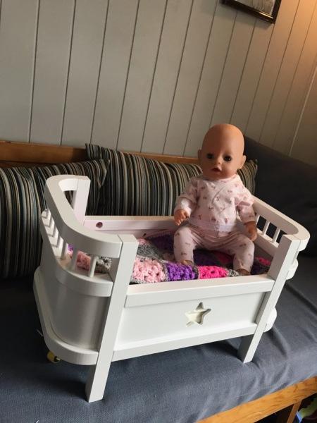 Gevinst-dukkeseng-med-dukke